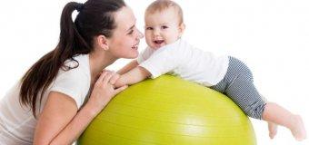 Фитбол для детей: какие упражнения полезны